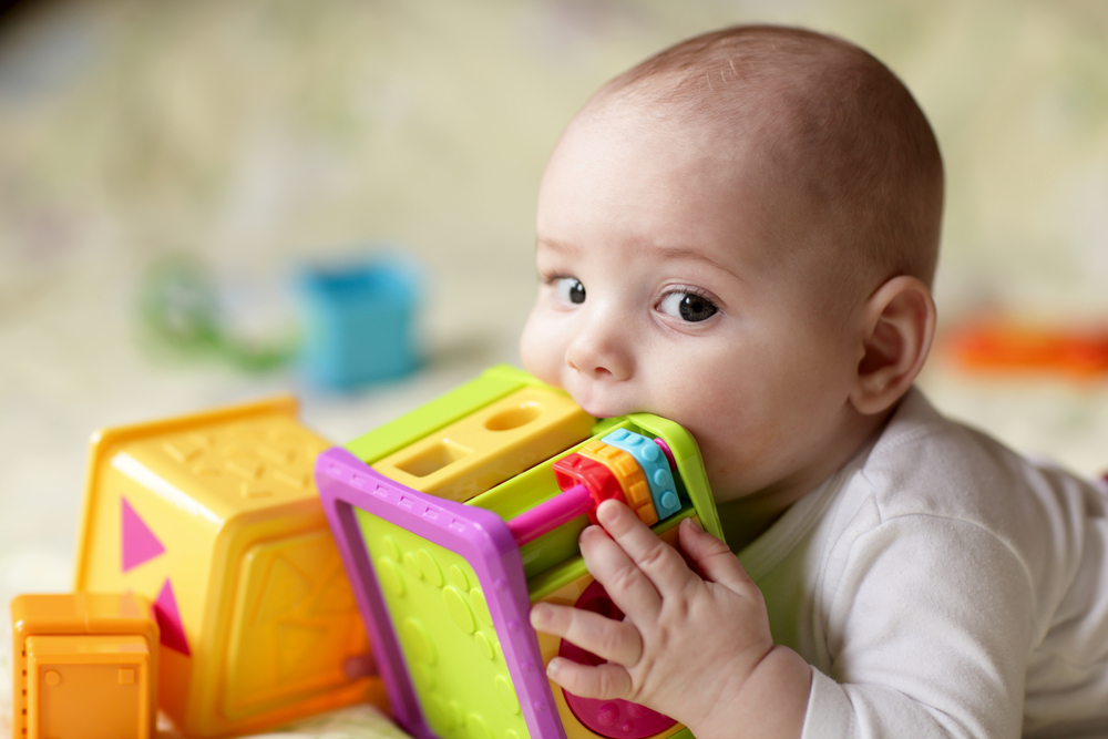 Plastic and phthalates: are they dangerous for children?