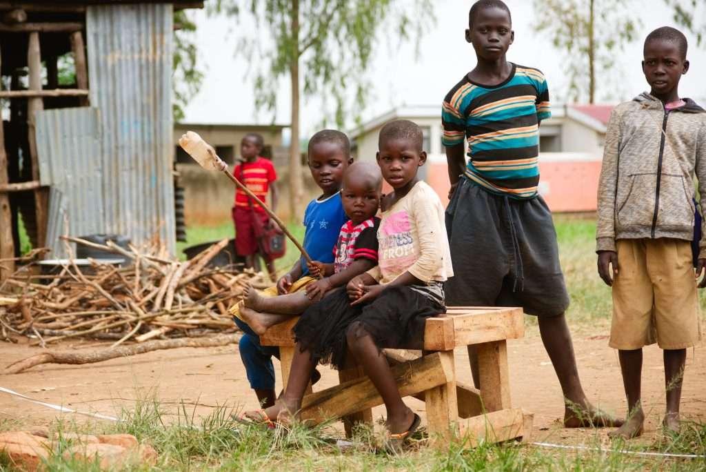 Barn i flyktingläger i Uganda