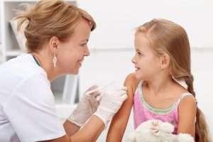 TBE-vaccin (fästingvaccin) och skydd mot fästingar till bebisar och barn
