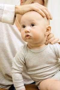 Knöl bakom örat, på halsen eller i nacken hos barn