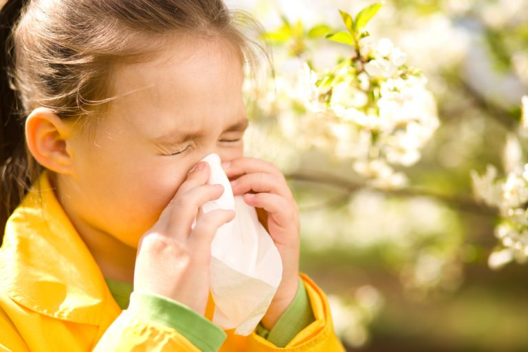Pollen allergy in children – runny nose and watery eyes