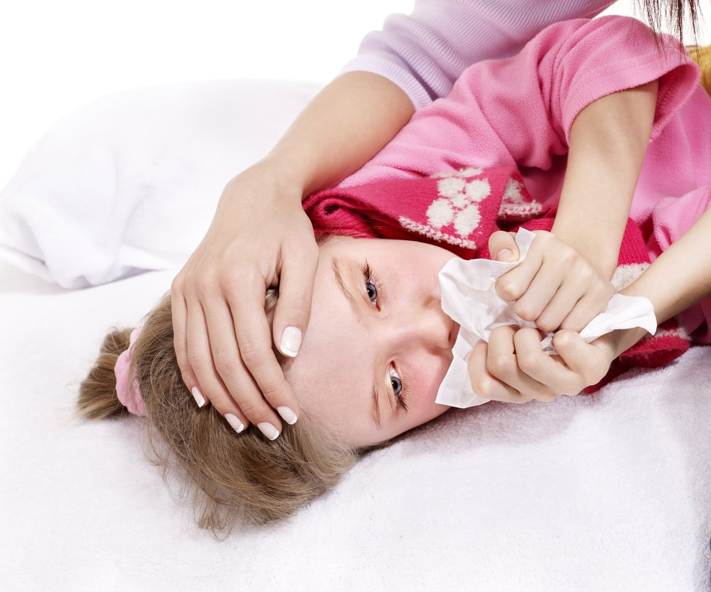 Hjärnhinneinflammation eller meningit hos barn – feber, nackstelhet, ont i nacken